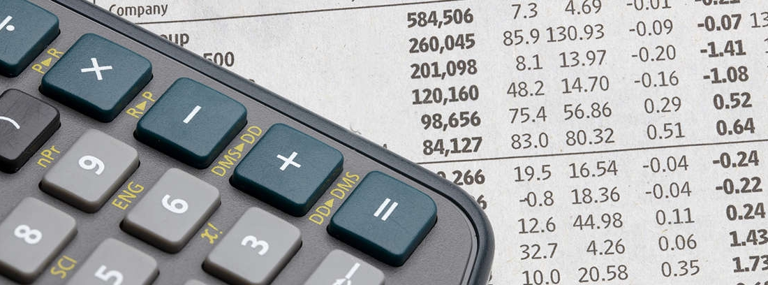 calculadora y hoja de cuentas