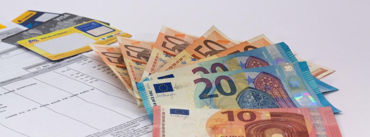 Facturas y billetes de euro