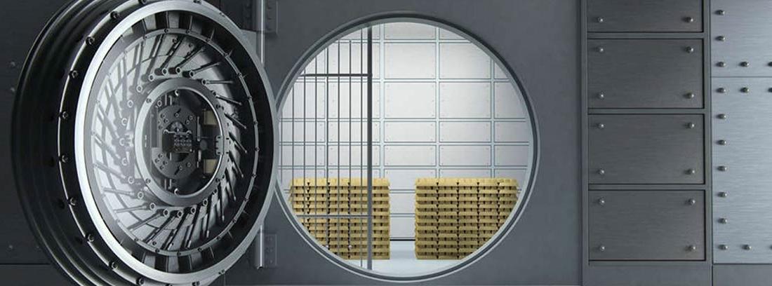 Cámara de seguridad con lingotes de oro
