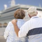 Los mayores españoles son los que menos gastan en viajes