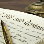 ¿Se puede aceptar una herencia rechazando sus deudas?