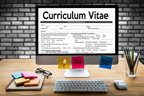 Pantalla de ordenador en la que se lee Curriculum Vitae