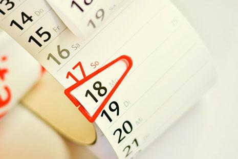 Calendario de impuestos de 2018 señalando un día importante