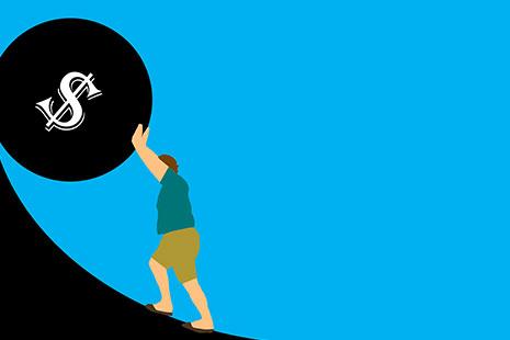 Ilustración de una persona subiendo una moneda gigante por una pendiente