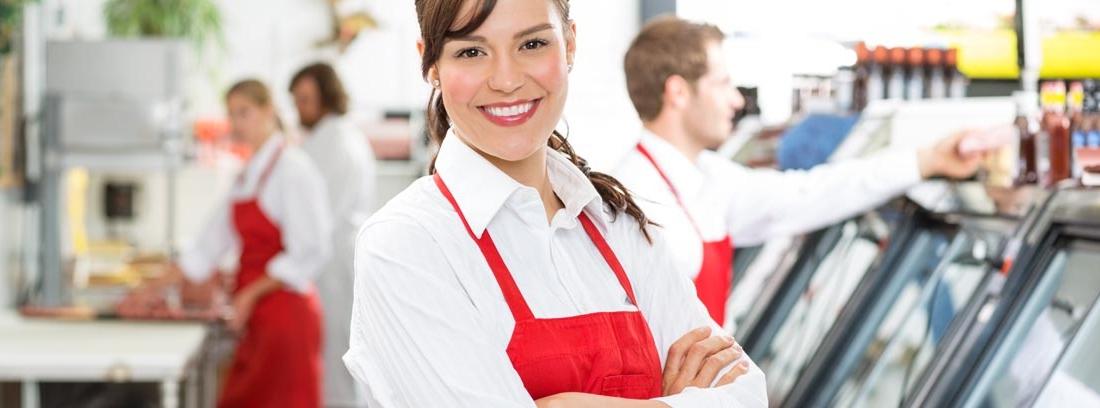 Retrato de una trabajadora de supermercado