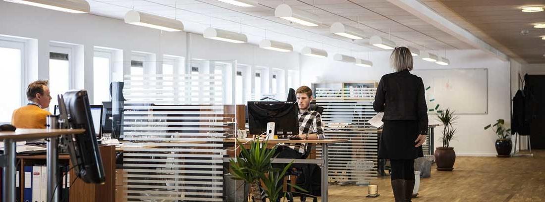 Vista general del interior de una sede de empresa