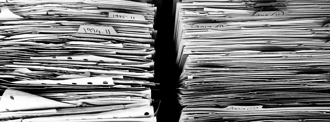 el papel es uno de los gastos innecesarios en las empresas