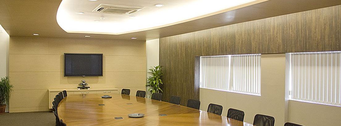 Sala de reuniones vacía