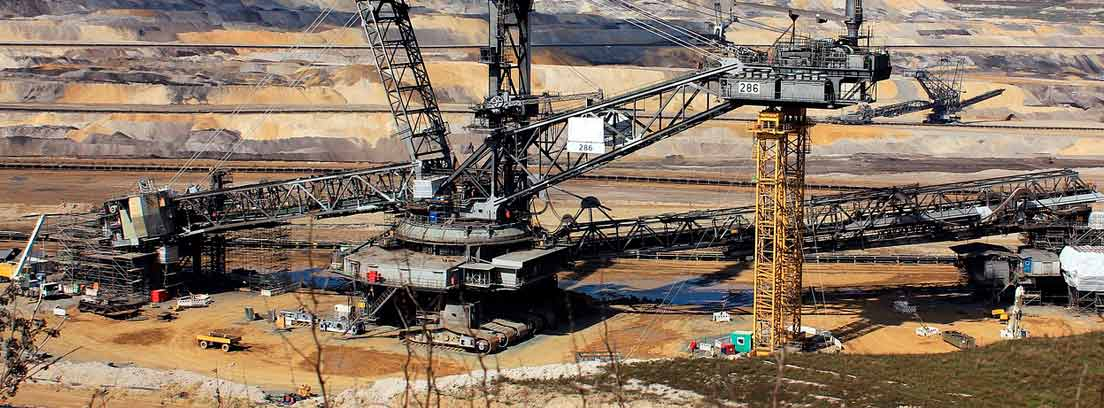 Maquinaria en una mina