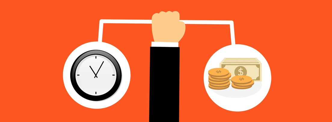 Ilustración de una mano sujetando una balanza con un reloj a un lado y monedas y billetes al otro
