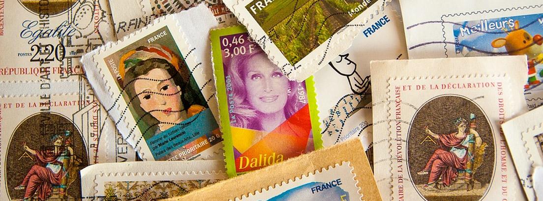 Diferentes sellos antiguos y de distinto origen