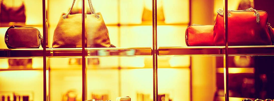 Expositor de bolsos de lujo