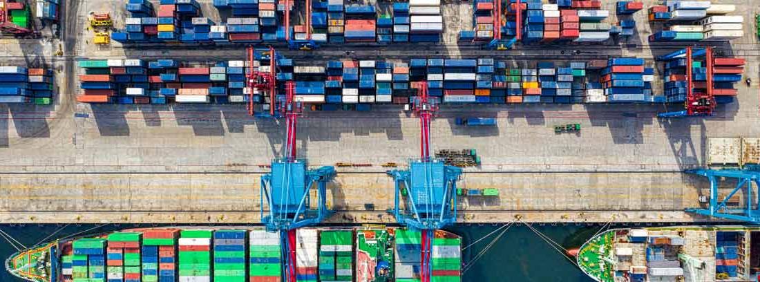 Puerto comercial