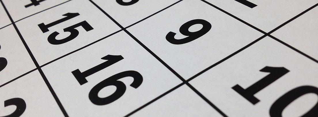 Primer plano de los números de un calendario