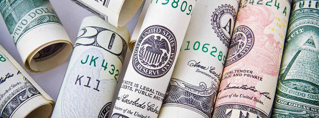 Billetes de dólar de diferente valor