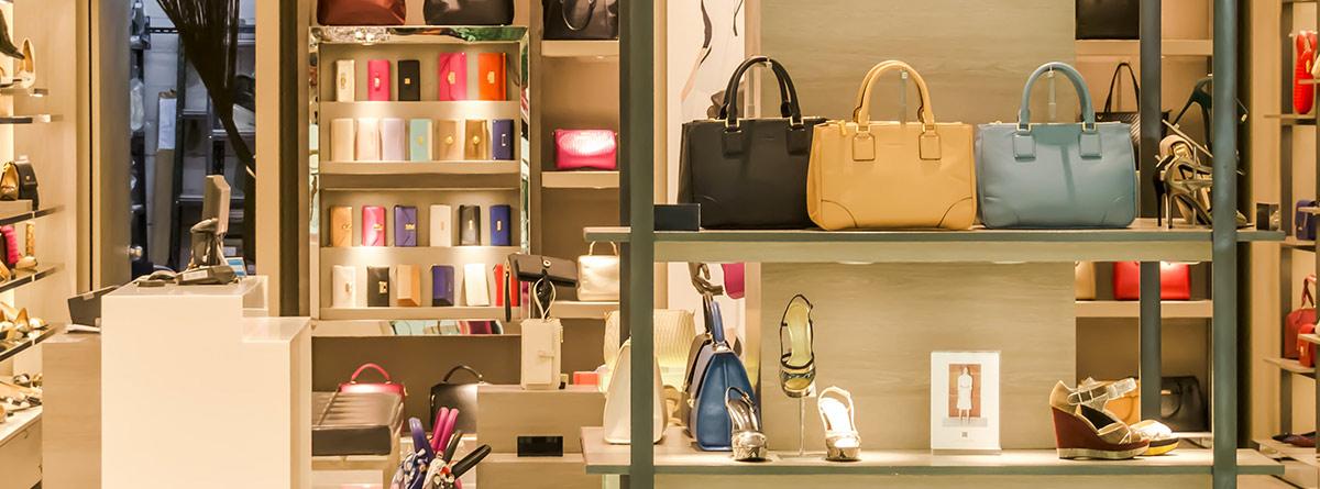 Tienda de zapatos y complementos de moda